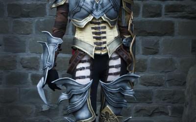 Lightning Cosplay - Demon Hunter-4