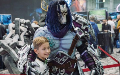 Walking Act Darksiders at Igromir