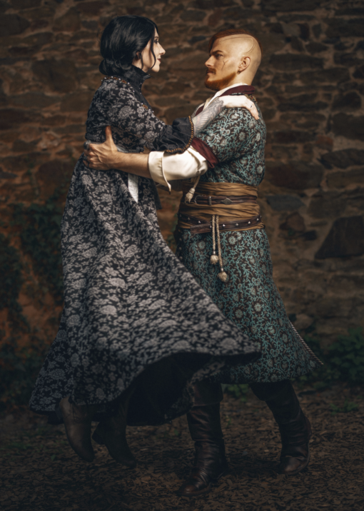 Iris and Olgierd Cosplay