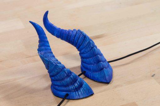 small-dragon-horns-blue